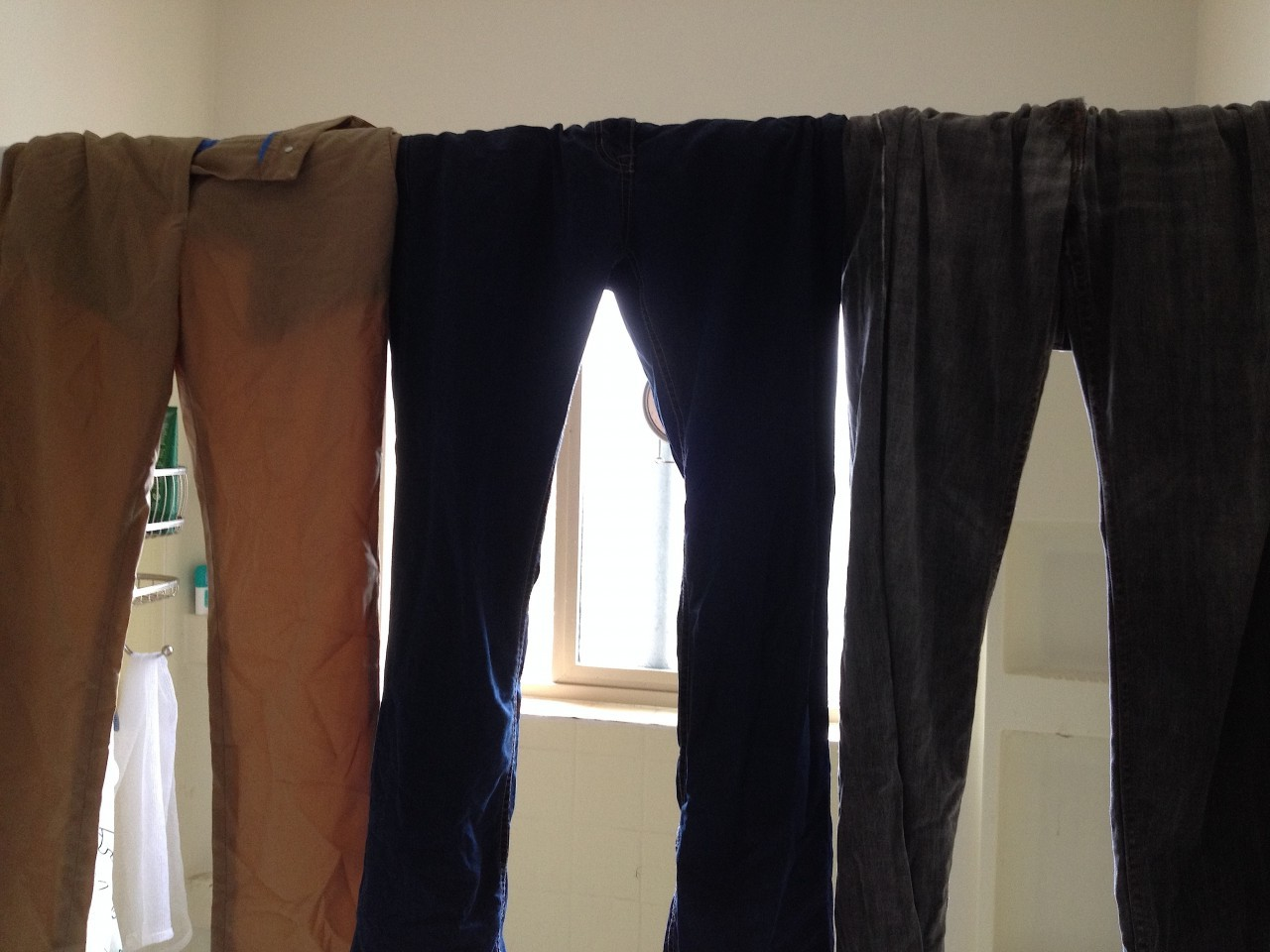 Levi's, Rohan Jeans Plus, and Bluffworks Pants drying times