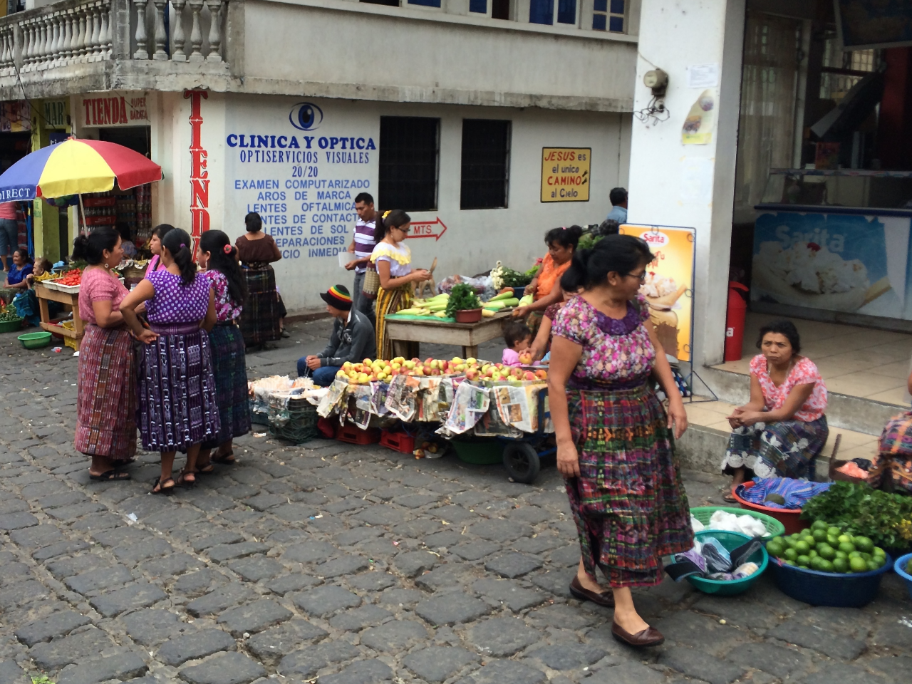 Santiago Atitlán street market