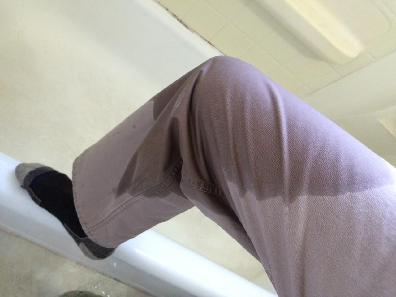 Cotton khaki water resistance test