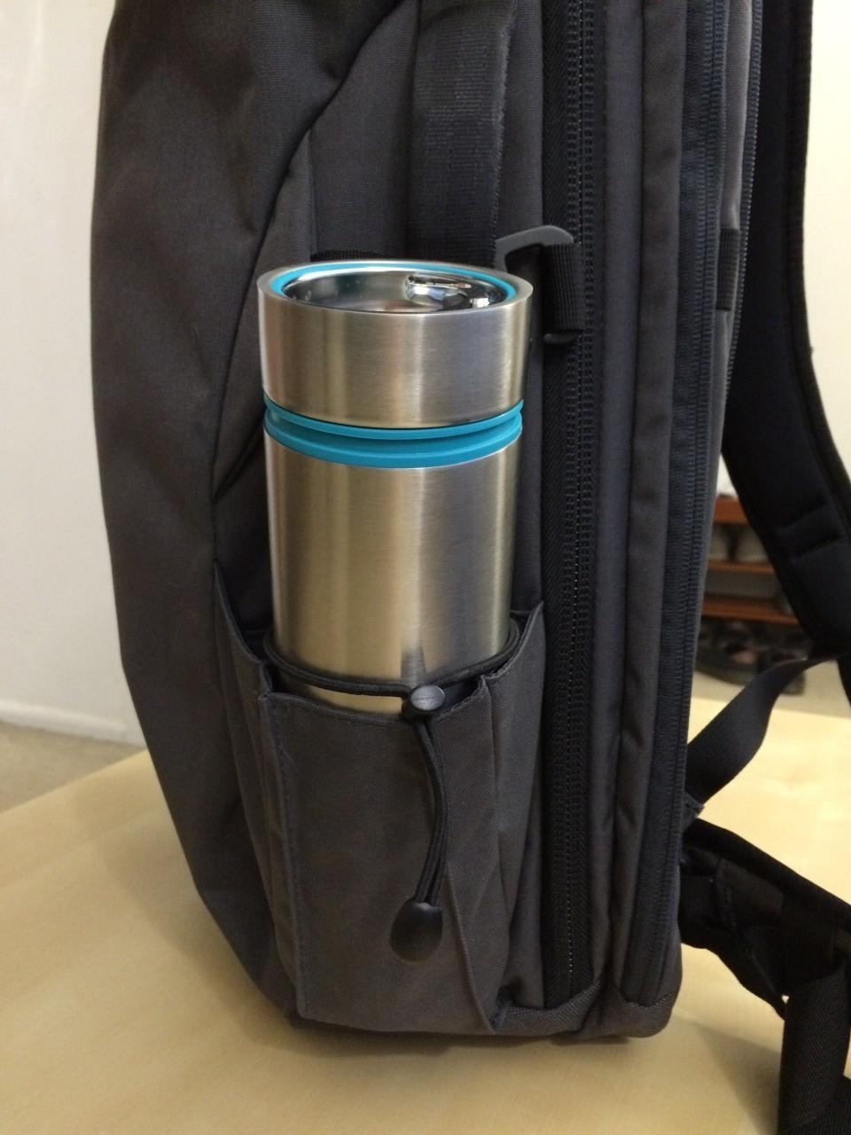 Minaal backpack water bottle pocket
