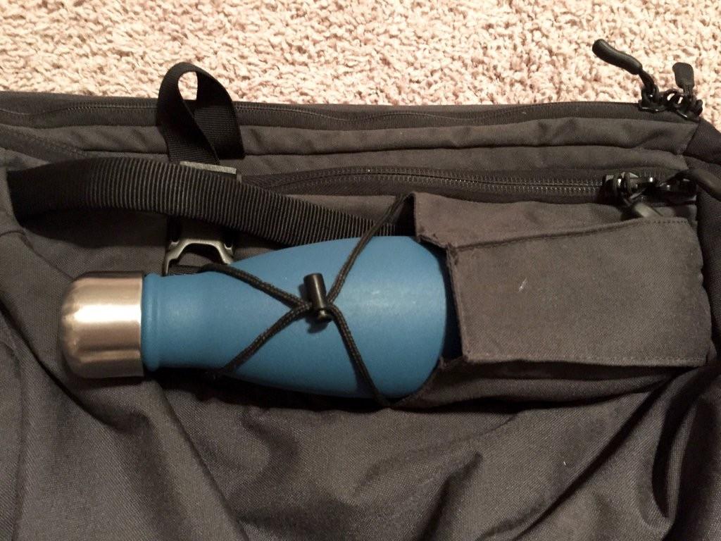 Minaal water bottle pocket trick