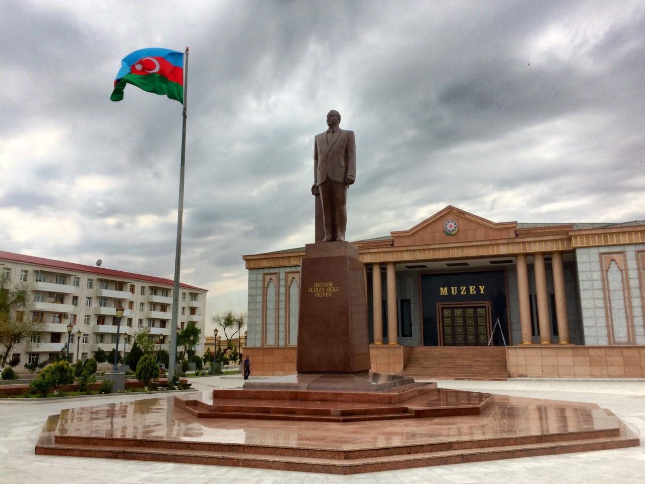 Heydar Aliyev statue in Nakhchivan
