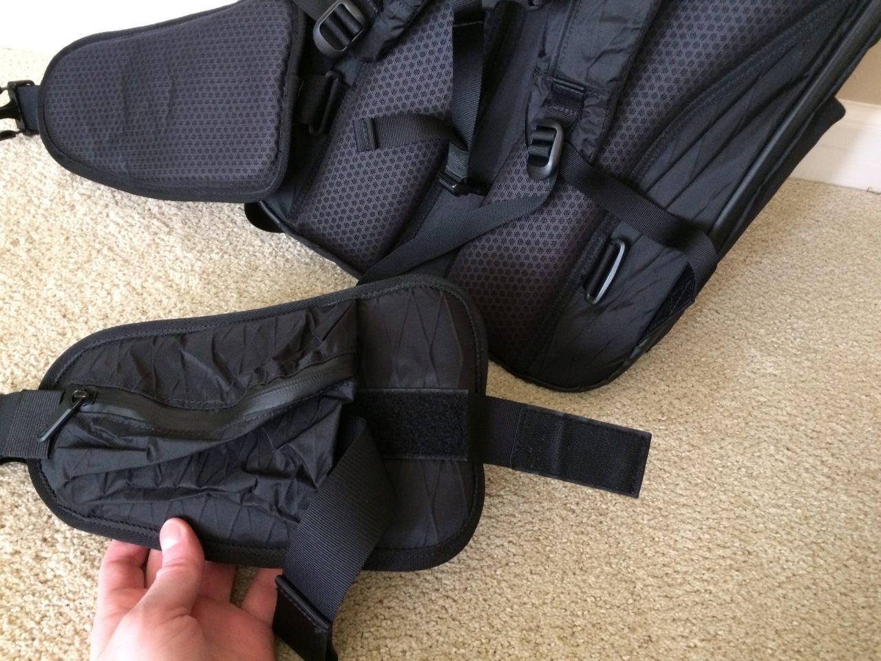 Tortuga Outbreaker Backpack hip belt detached
