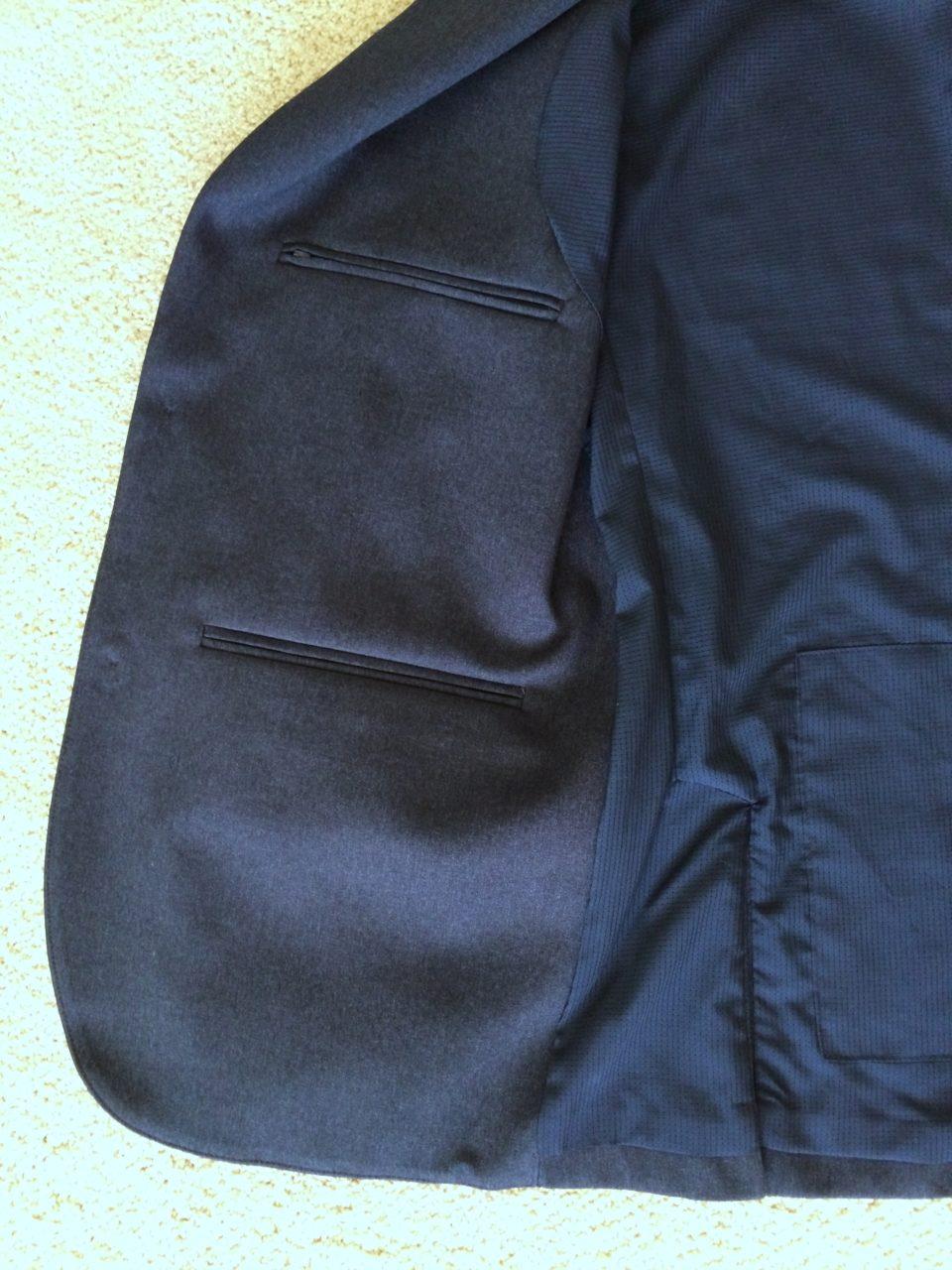 Bluffworks blazer right inner pockets