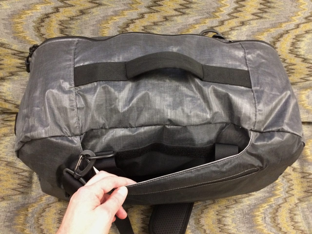 Tortuga Homebase Duffle Case handle slot