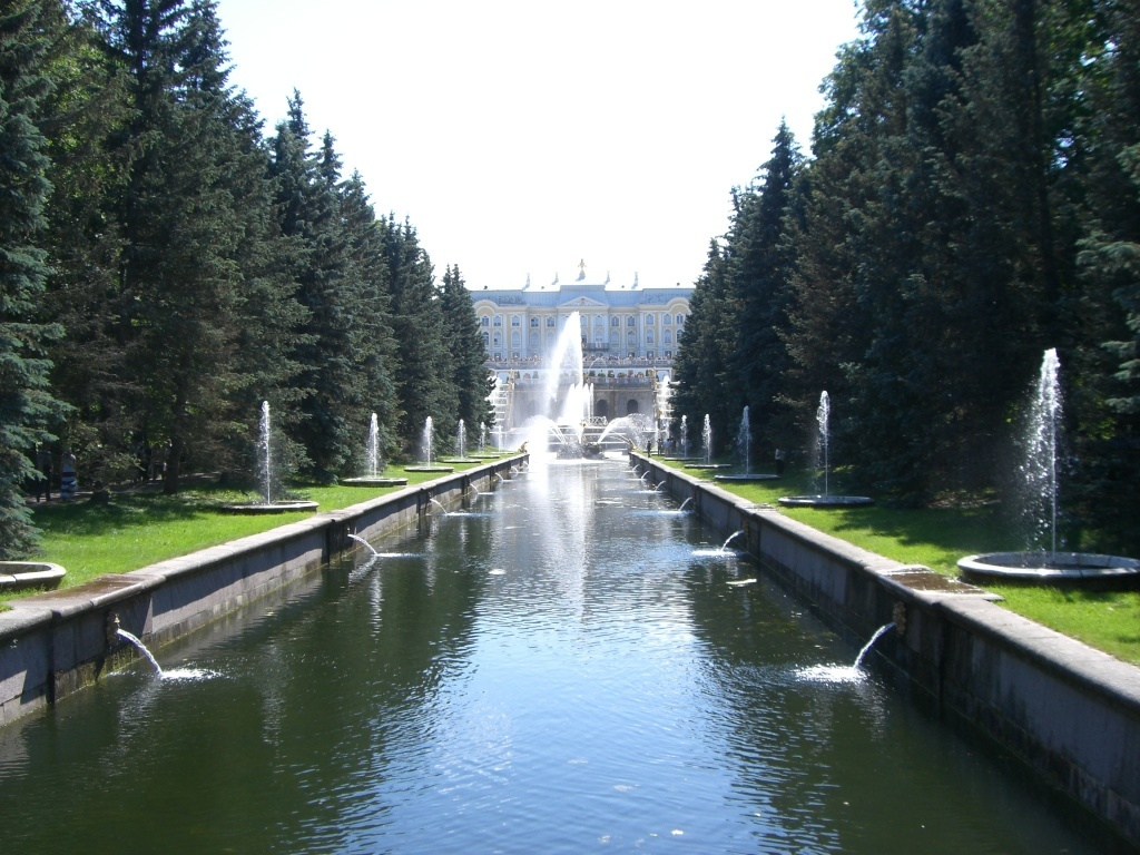 Pools and fountains of Petergof.