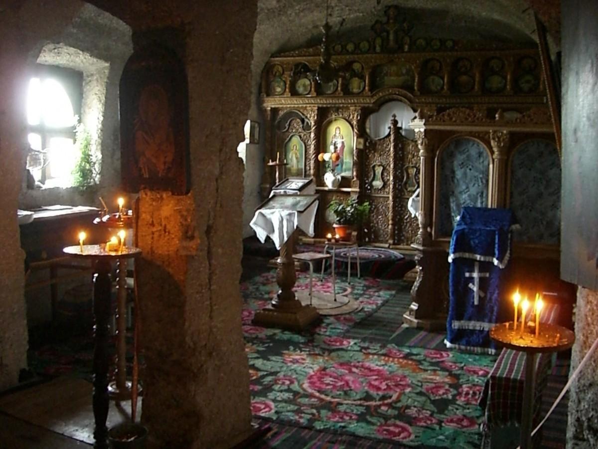 Orheiul Vechi Cave Monastery, Moldova