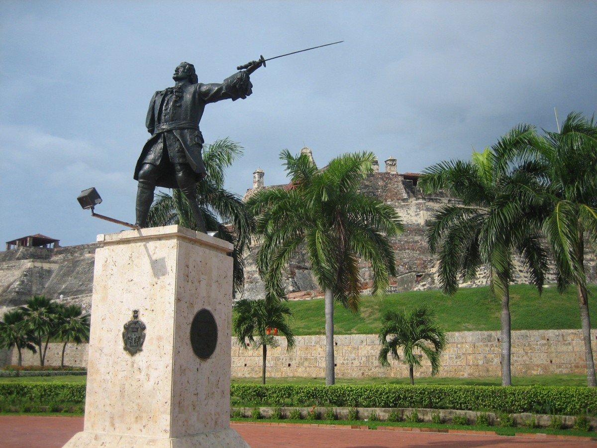 Statue of Don Blas de Lezo, Cartagena, Colombia