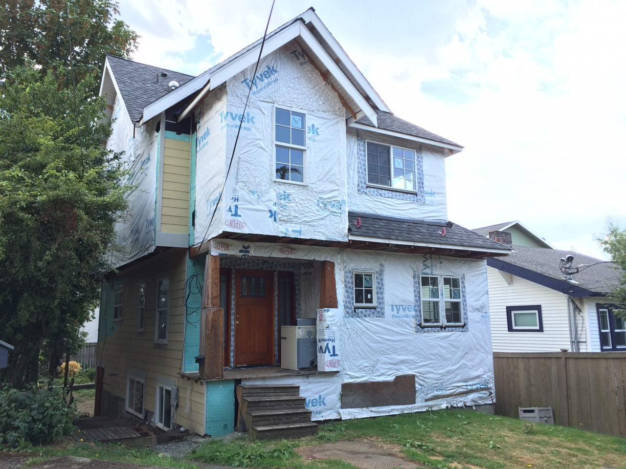House covered in Tyvek