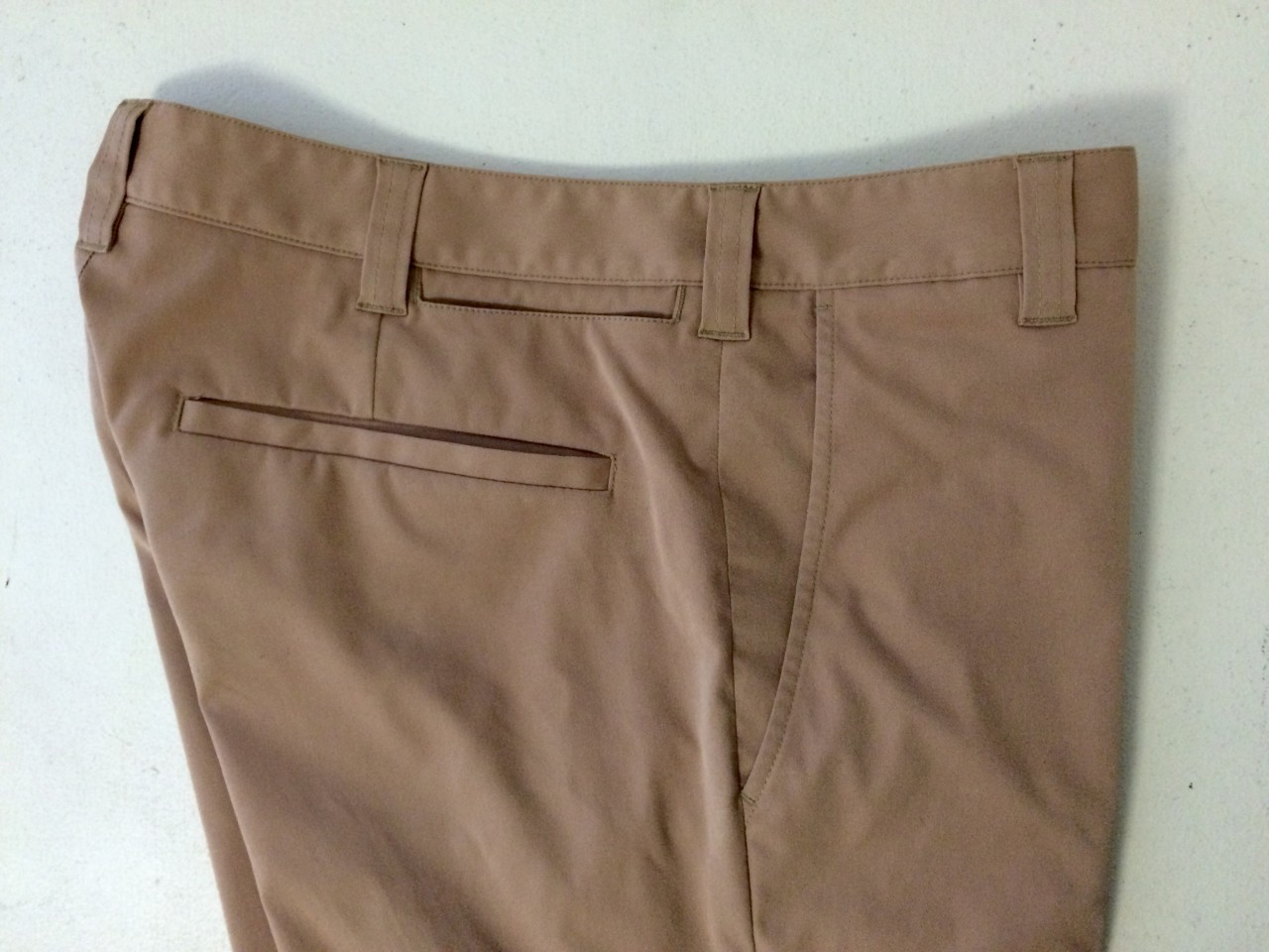 Bluffworks Chino Right