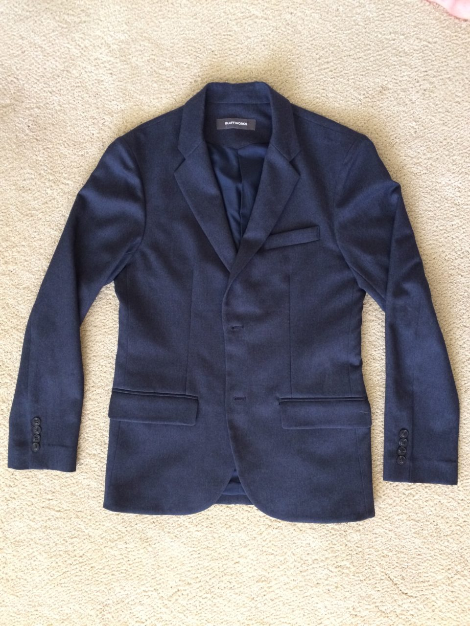 c1857a274f2 The Bluffworks Gramercy Blazer is finally here – Snarky Nomad