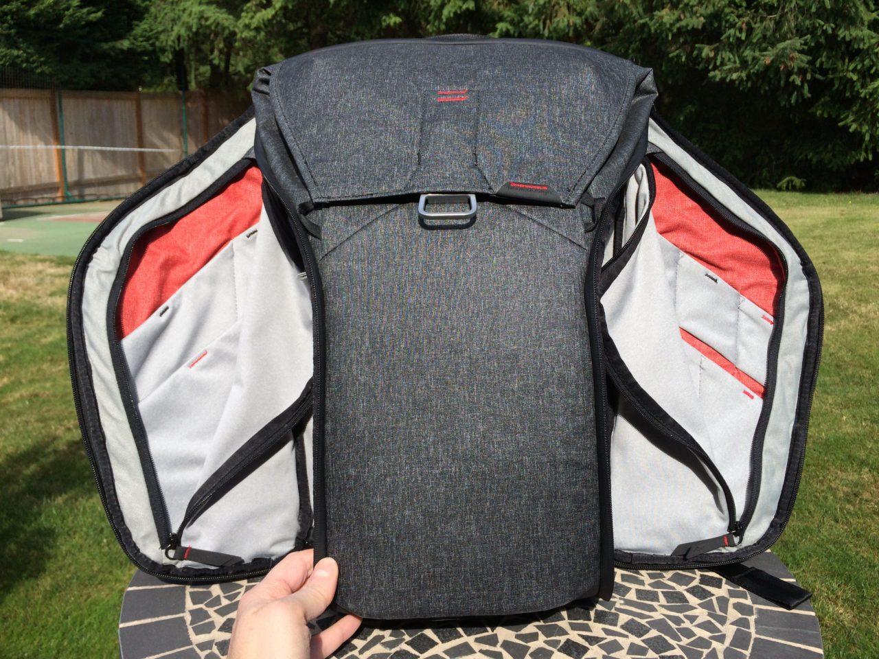 Peak Design Everyday Backpack organizer pockets