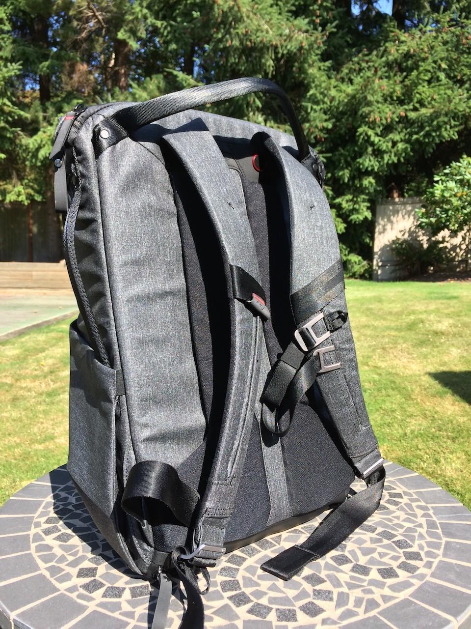 Peak Design Everyday Backpack shoulder straps