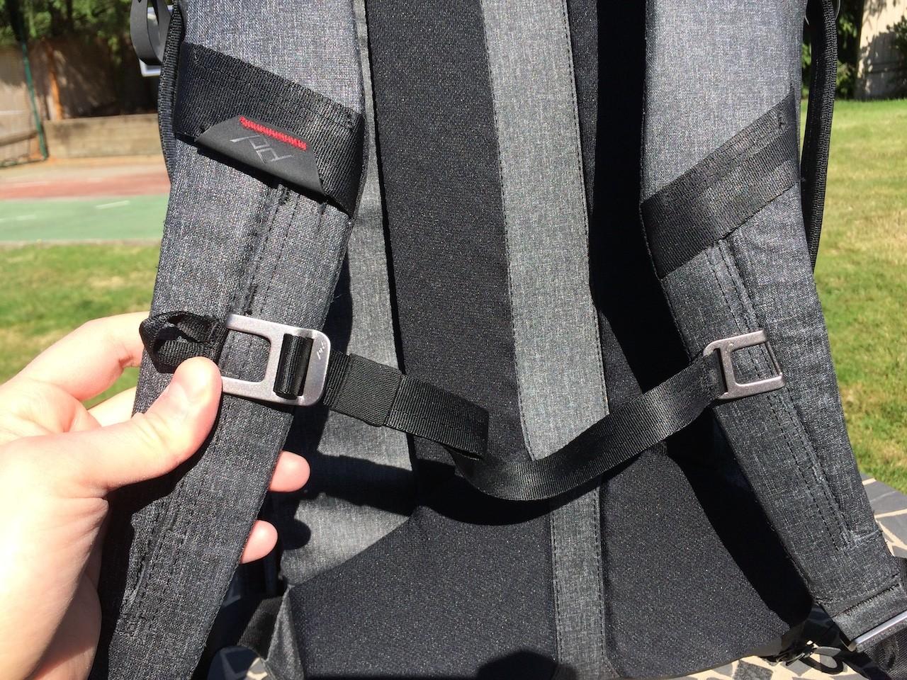 Peak Design Everyday Backpack sternum strap