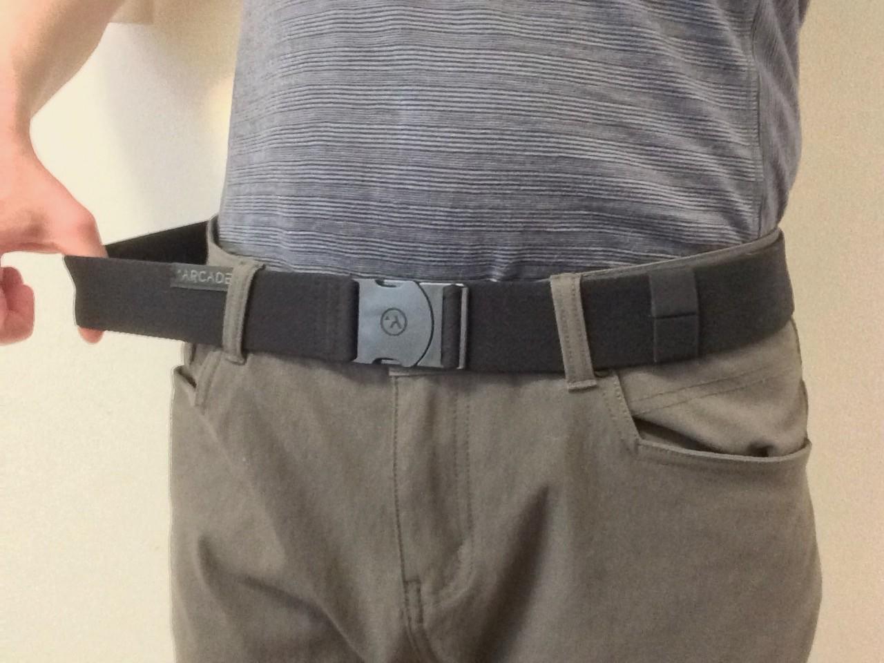 Arcade Belt stretchiness